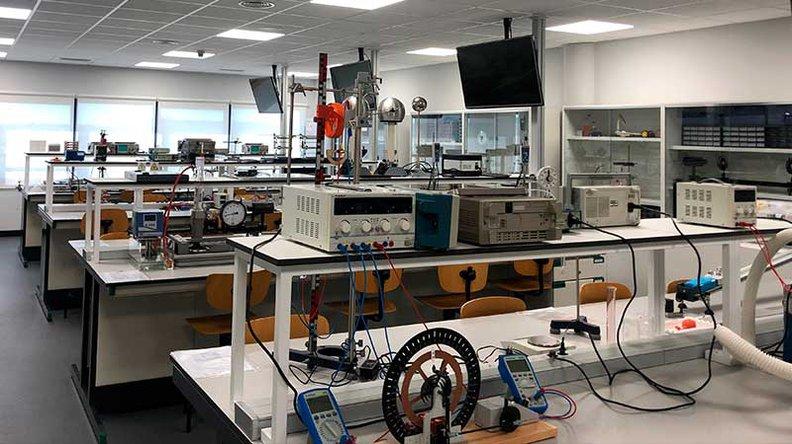 Laboratorio de física Madrid