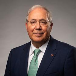 Roberto Fernández_2.png