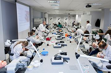 laboratorio de simuladores odontologia madrid miniatura.png